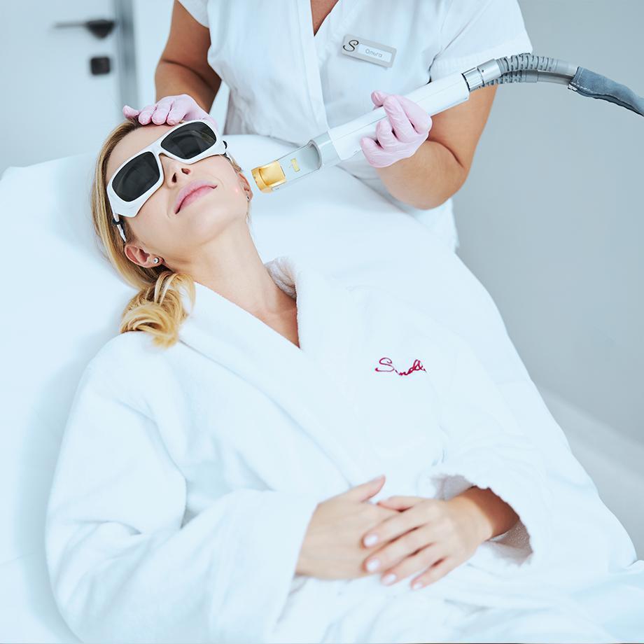 Корекція дефектів шкіри та лазерна терапія